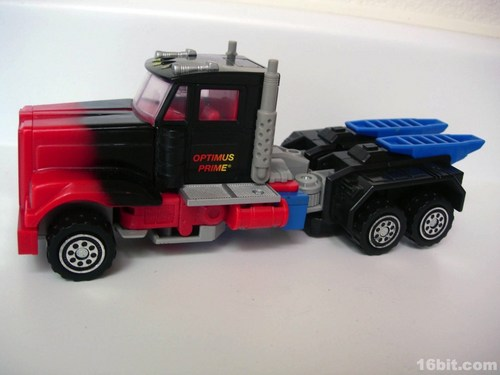 0219-g2-transformers-laser-optimus-prime14.jpg