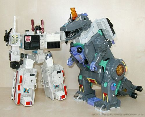 28218_Metroplex_vs_Trypticon.JPG