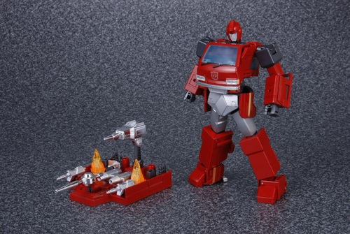 MP-27-Ironhide-01.jpg