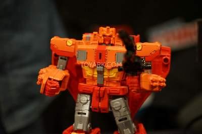 NYCC2015-Hasbro-Sentinel-Prime-008.jpg