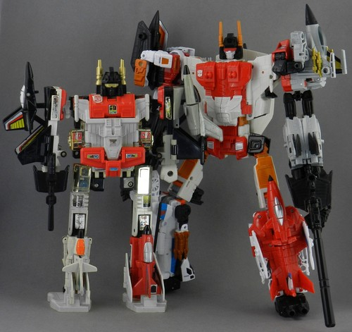 Superion-with-Generation-1-Superion_1429568325.jpg