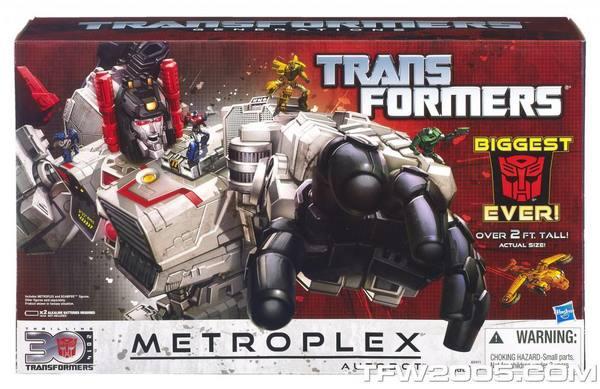 TRANSFORMERS_GENERATIONS_METROPLEX_1_2013_HASBRO.jpg