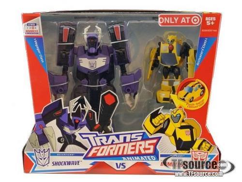 Transformers Animated - Shockwave VS Bumblebee - MISB6525.jpg