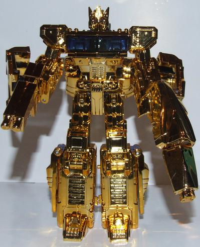 henkei-gold-convoy-017.jpg