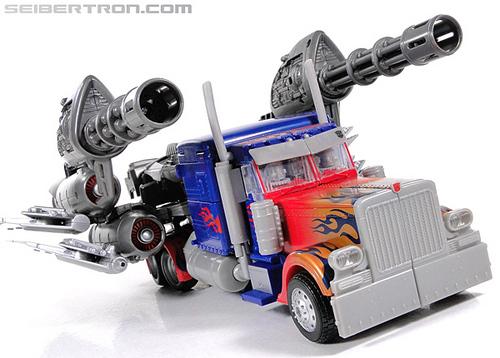 r_jetwing-optimus-prime-049.jpg