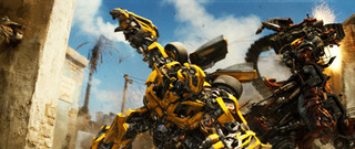 transformers-20090606-stills-bumblebee-constructicon.jpg