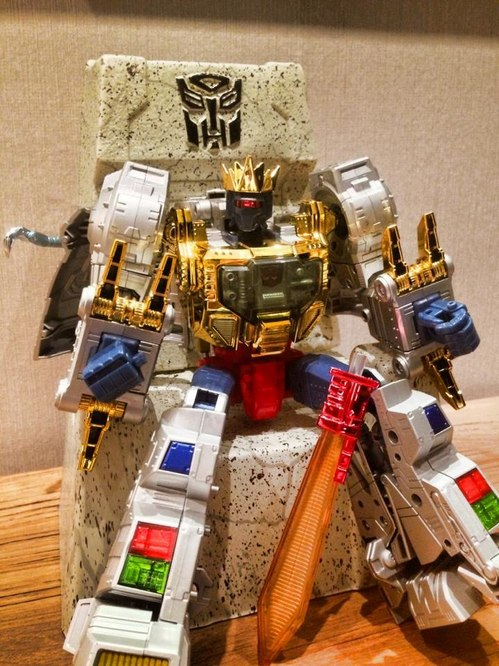 transformers-masterpiece-mp-08x-king-grimlock-throne-18846-MLM20162312575_092014-F.jpg